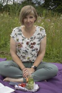 Julia Bierenfeld beim Picknick