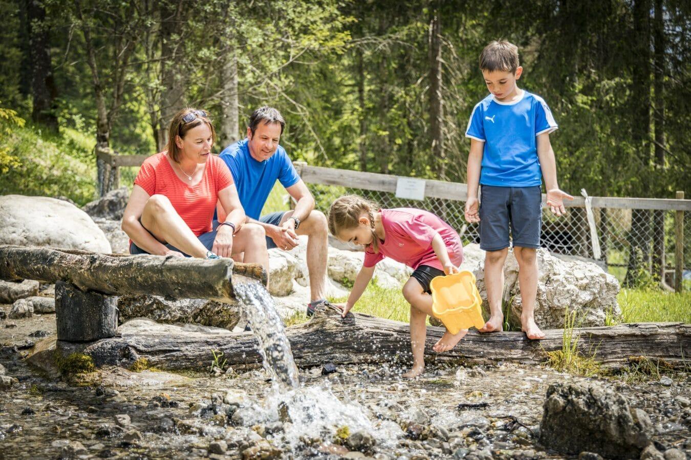 """Bild \""""Inselglück im Chiemsee-Alpenland – im Herbst besonders bezaubernd für die ganze Familie\"""""""